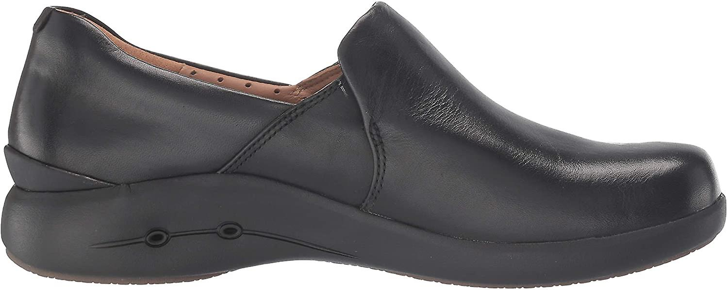 Clarks Women's Shoes Un loop 2 Closed Toe Loafers