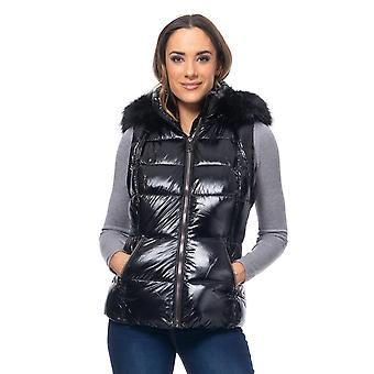 Short vest with hood and faux fur
