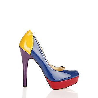 Sapatos de bomba de calcanhar multi contraste de PVC
