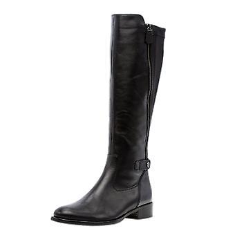 غابور كاري تمتد أحذية طويلة في الأسود