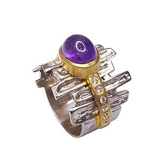 Silver ring with amethyst and zirconia