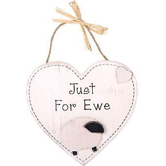 Juste pour Ewe Hanging Heart Plaque par Jones Home & Gift