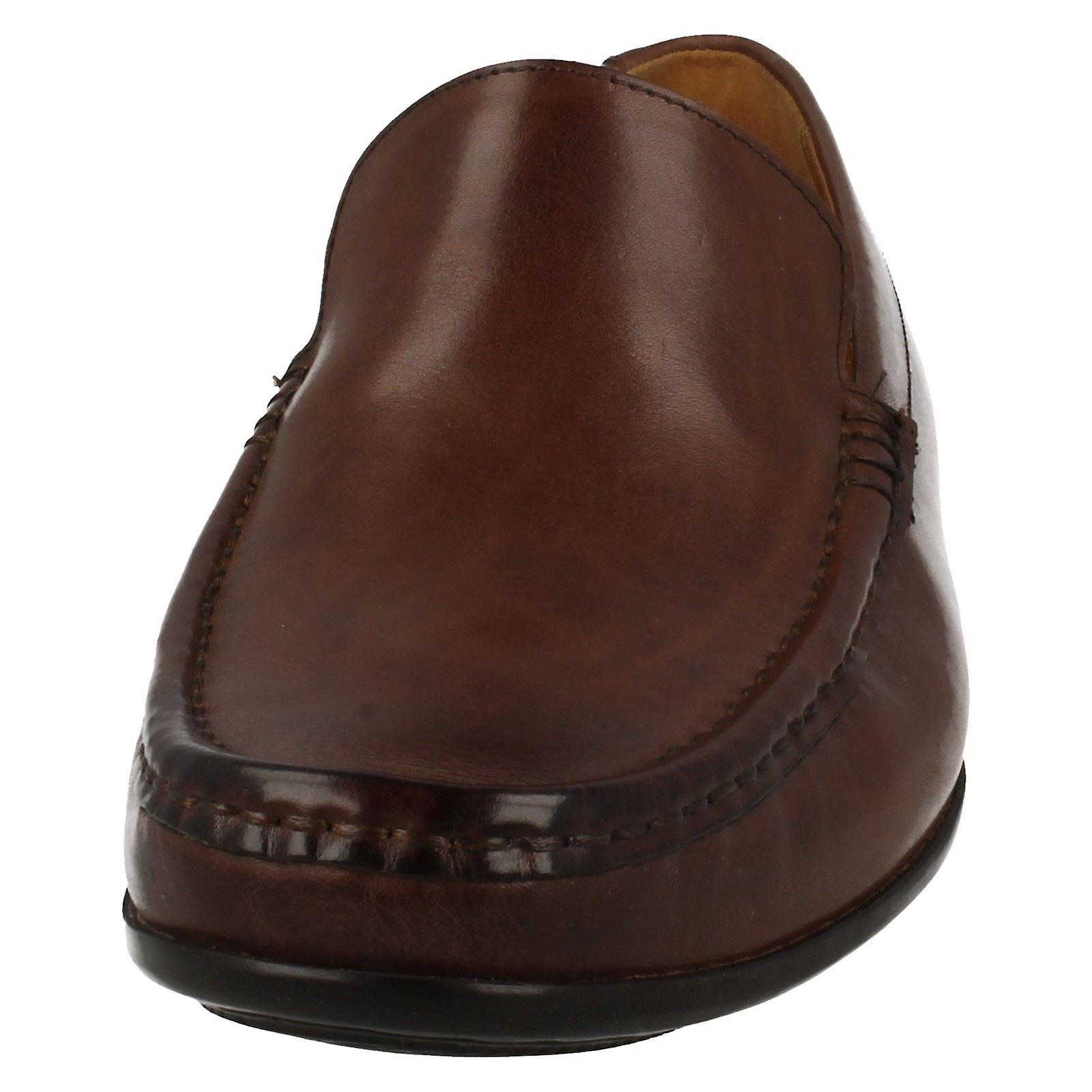 Mens Clarks Smart Slip sur la plaine de Claude