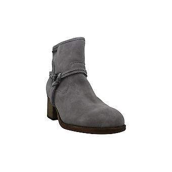 بيرباو المرأة & ق أحذية ميكا (9.5 -- M (العادية / المتوسطة) -- الضباب الرمادي)