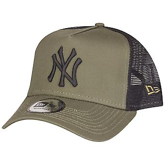 New Era Adjustable Trucker Cap - MLB New York Yankees oliv