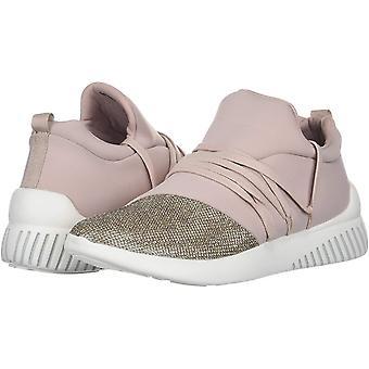 DV by Dolce Vita Women's Rumble Sneaker
