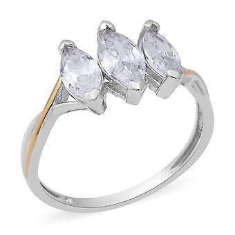 Gesimuleerde Diamant Drie-Steen Ring in Twee Toon Verguld Zilver