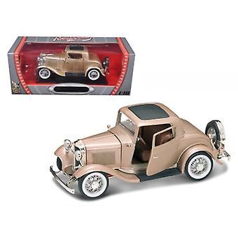 1932 Ford 3 Fenêtre Coupé Or 1/18 Diecast Car par Road Signature