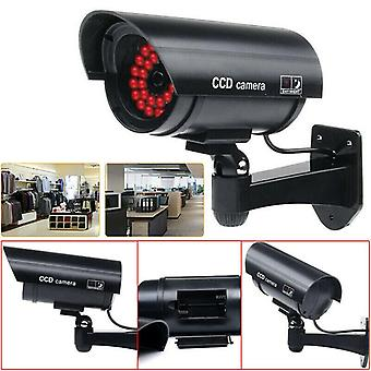 Ei, ei, ei. Nukke Fake Security CCTV Kamerat Turvakamera Punainen IR LED-valo Ulkona
