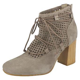 Ladies Clarks blokkere hæl ankelen støvler Jazlyn Berry