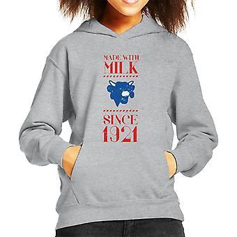 Den grinende ko lavet med mælk siden 1921 Kid's Hooded Sweatshirt