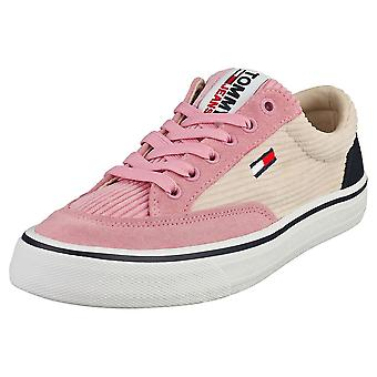 Tommy Jeans Manchester Skate Sneaker Womens Fashion Trainers i Matt Pink