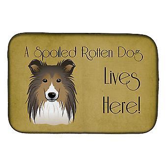 Carolines Treasures BB1490DDM Sheltie pilaantunut koira asuu täällä lautasen kuivaus matto