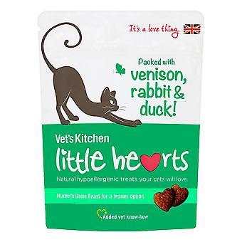 Dierenarts van keuken, weinig harten hertenvlees, konijn en eend kat behandelt