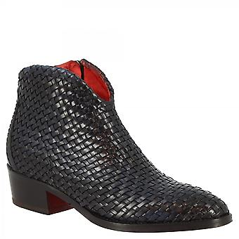 Leonardo Shoes Women's handmade low heel ankle boots in blue woven leather with zip