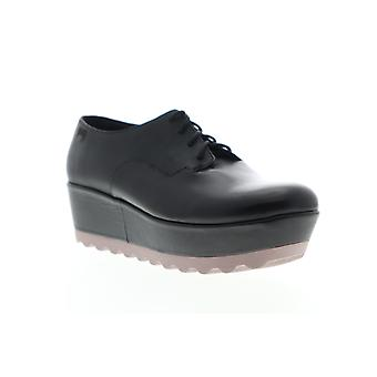 Camper Laika Naisten musta nahka pitsi ylös Oxford Flats kengät