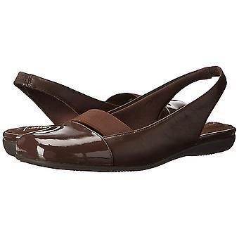 Trotters Womens Sarina Leather Closed Toe SlingBack Slingback Flats