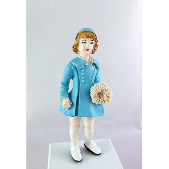 Dolls House Miniature 1:12 Scale Resin People 1950's Girl In Hat Coat & Manchon