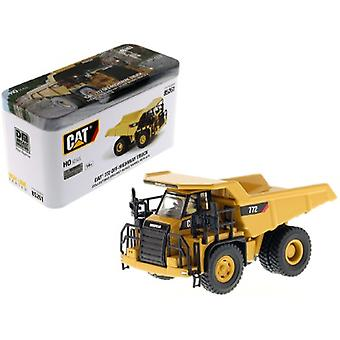 CAT Caterpillar 772 Off-Highway Dump Truck with Operator High Line Series 1/87 (HO) Scale Diecast Model par Diecast Masters