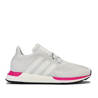 Girl's adidas Originals Junior Swift Run Trainer in Weiß