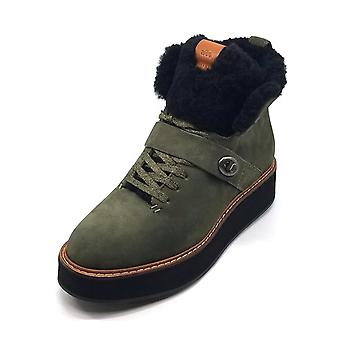 Coach Womens Urban Hiker Almond Toe Ankle Cold Weather Boots