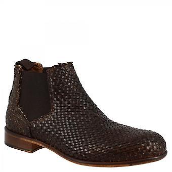 ليوناردو أحذية المرأة & apos;ق اليد جولة أحذية الكاحل في الجلد البني المنسوجة البني
