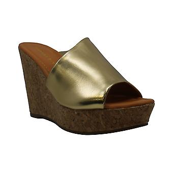 Madden Girl Women's Nureil Wedge Sandal