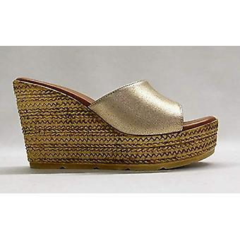 ZIGI SOHO Women's Aubry Wedge Sandal
