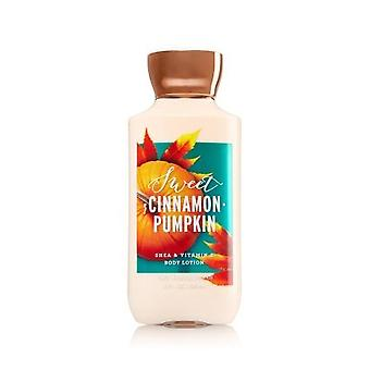 Bath & Body Works Sweet Cinnamon Pumpkin Body Lotion 8 fl oz / 236 ml (Pack of 2)