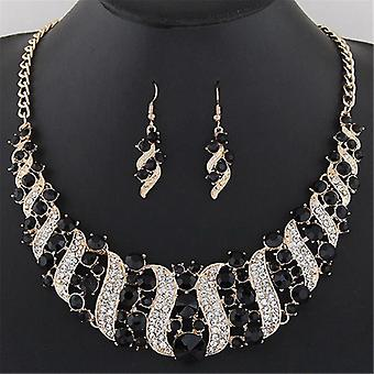 Chunky crystal statment necklace