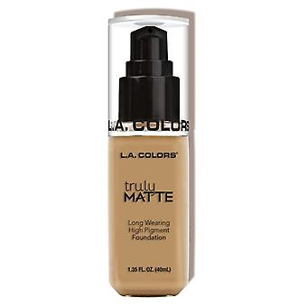 L.A. Colors Truly Matte Foundation Medium