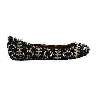 American Rag Womens Ellie Closed Toe Ballet Flats
