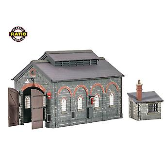 Ratio 522 Engine Shed With Hut