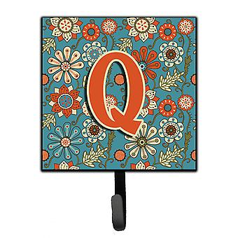 Carolines Treasures  CJ2012-QSH4 Letter Q Flowers Retro Blue Leash or Key Holder