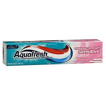 Aquafresh Sensitive Maximum Strength Triple Protection Fluoride Toothpaste, 5.6 oz