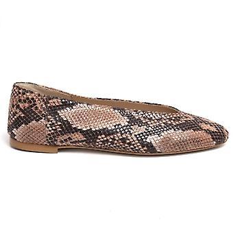 Γυναικεία παπούτσι καφέ δέρμα χορευτής εκτύπωση-φίδι