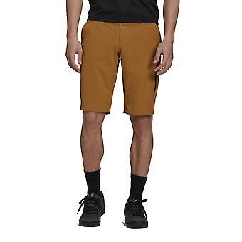 Fem tio BOTB Shorts - AW21