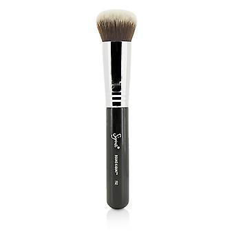 Sigma Beauty F82 ronde Kabuki borstel--