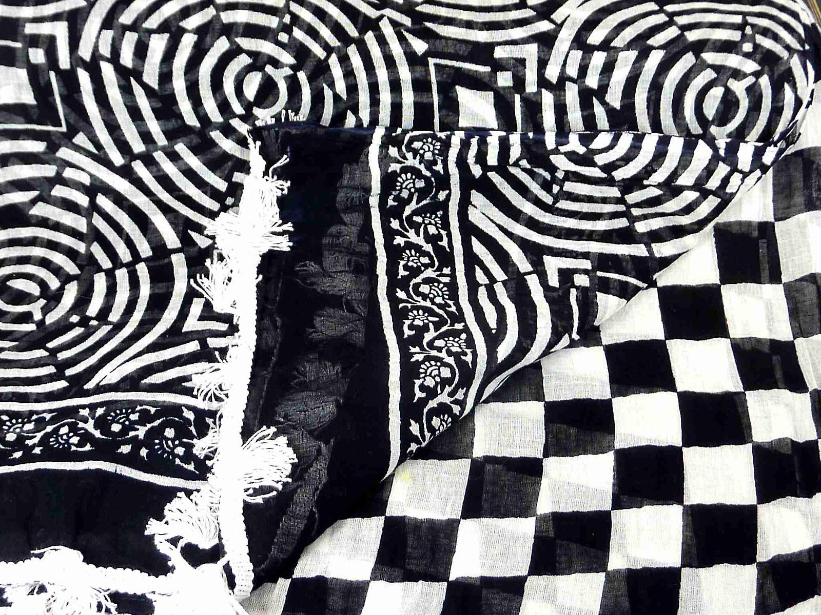Dupatta Karnataka Sarong Scarf Black & White by Pashmina & Silk