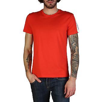 Versace Jeans Original Men Spring/Summer T-Shirt - Red Color 35128