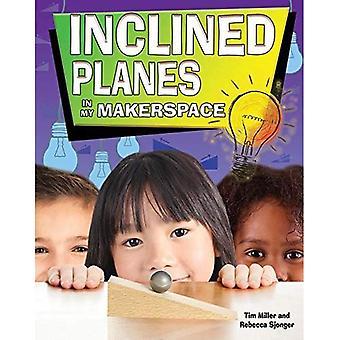 Kalteva lentokoneita Makerspace (Simple Machines minun Makerspace)