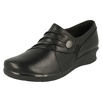 Dames Clarks wig hak schoenen hoop Roxanne