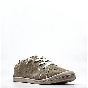 Material Girl | Brooke Canvas Sneakers