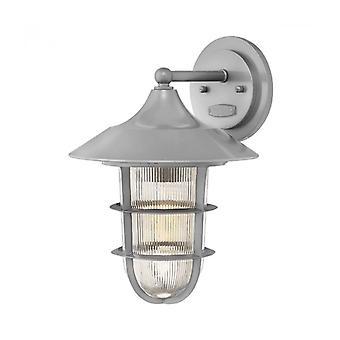 Lámpara De Pared Marina, Acabado Hematita, Cristal Holofanico Transparente Ranurado, Modelo Mediano