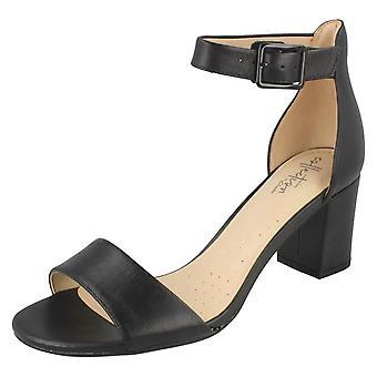 Dames Clarks Heeled Sandals Deva Mae