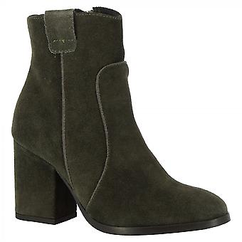 Leonardo Shoes Women's handmade heels ankle boots in gray suede leather side zip