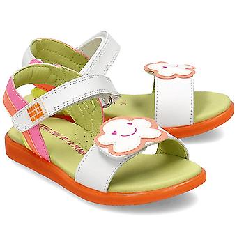 Agatha Ruiz De La Prada 202945 universal summer kids shoes