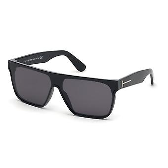 Tom Ford Wyhat TF709 01A Occhiali da sole nero lucido / fumo