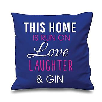 Bleu housse de coussin, cette maison est gérée par amour rire et Gin 16