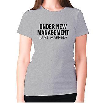 Naisten Funny t-paita isku lause tee hyvät uutuus huumorin-alle uusi johto vain naimisissa